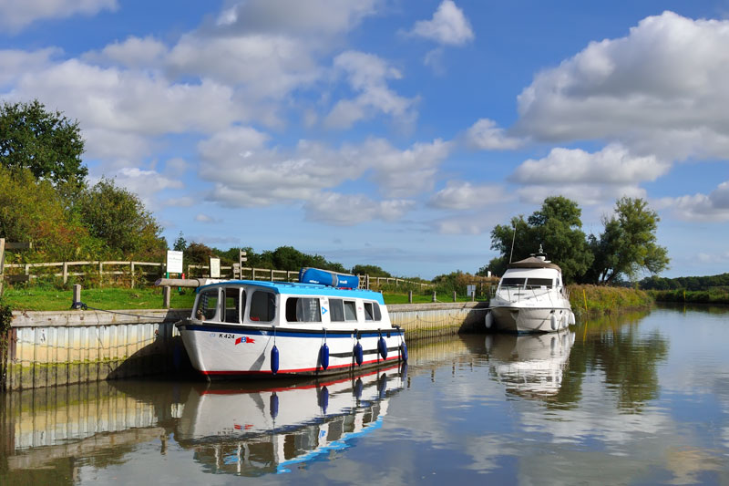 Chedgrave Common Moorings on the River Chet