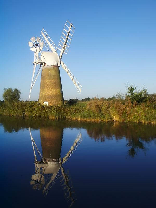 Turf Fen Windpump on the River Ant at How Hill