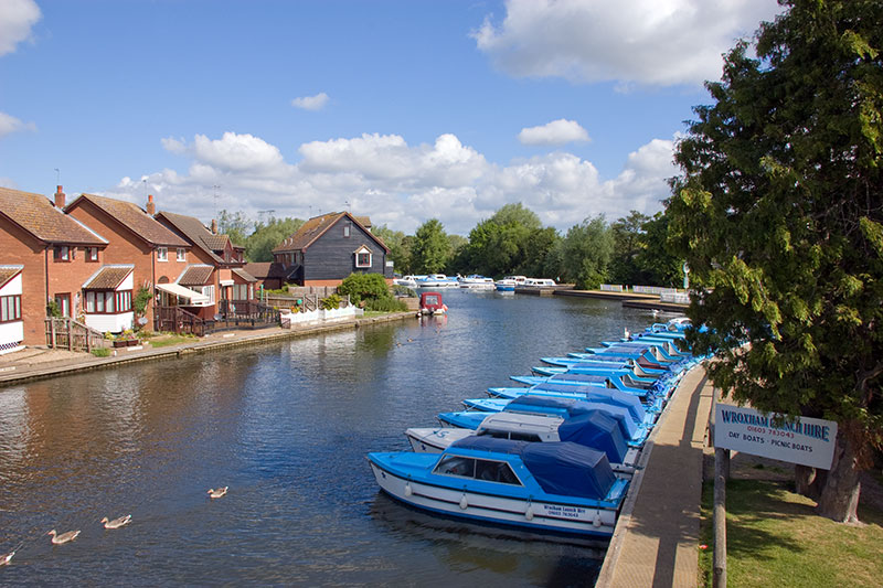 Looking upstream from Wroxham Bridge towards the BA 24 hour moorings