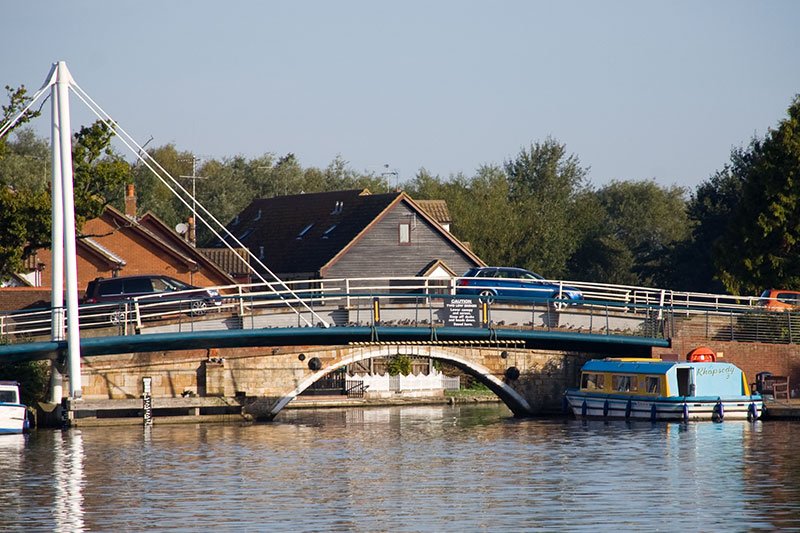 Wroxham Bridge spans the River Bure at Wroxham